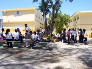 21_Cours élèves collège Padre Fortin