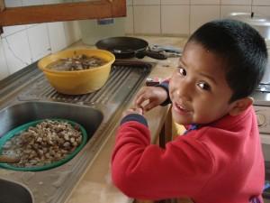 2_Garçon à la cuisine