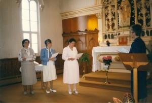 Engagement des trois premières associées à la Chapelle Sainte-Anne, 1989
