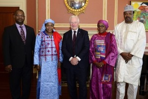 GG02-2016-0139-020 April 28, 2016 Ottawa, Ontario, Canada His Excellency the Right Honourable David Johnston, Governor General of Canada, received the letter of credence from Her Excellency Hassana Alidou, Ambassador-designate of the Republic of Niger, on Thursday, April 28, 2016, at Rideau Hall. Credit: MCpl Vincent Carbonneau, Rideau Hall, OSGG